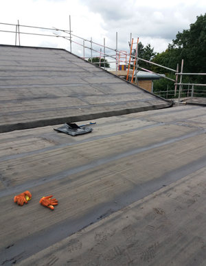 hall roof with VCL applied before insulation - new roof membranes